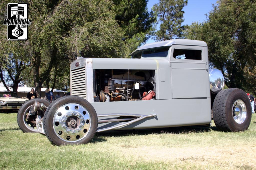 unique and custom badass hotrods: December 2012